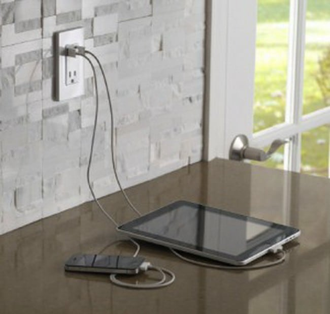 Leviton-USB-Receptacle-for-an-ipad
