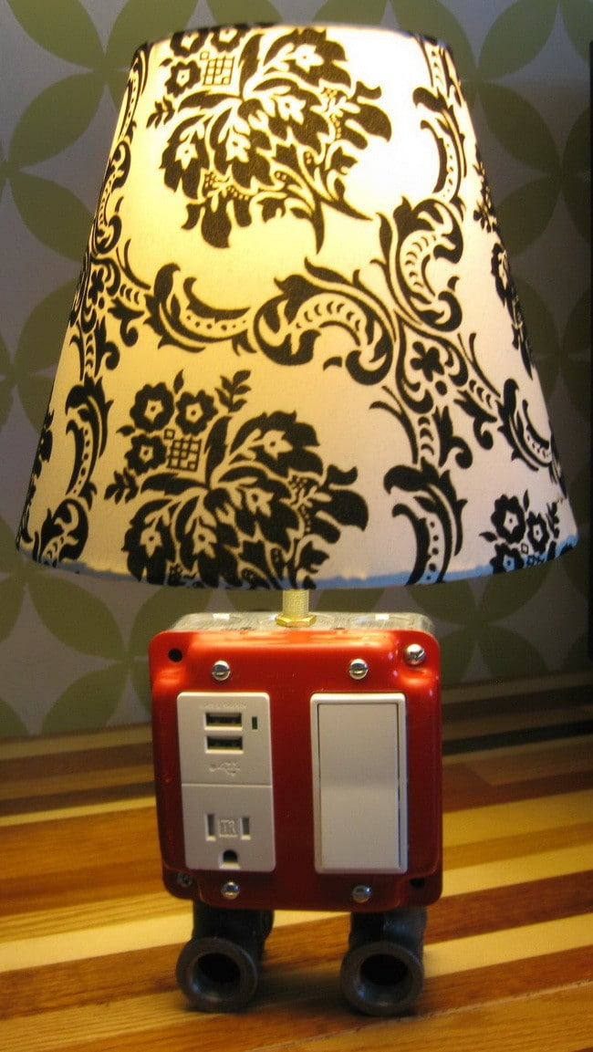 build a lamp combo usb charger easy fun diy. Black Bedroom Furniture Sets. Home Design Ideas