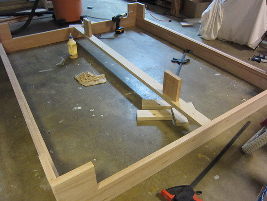 custom bed frame diy_14