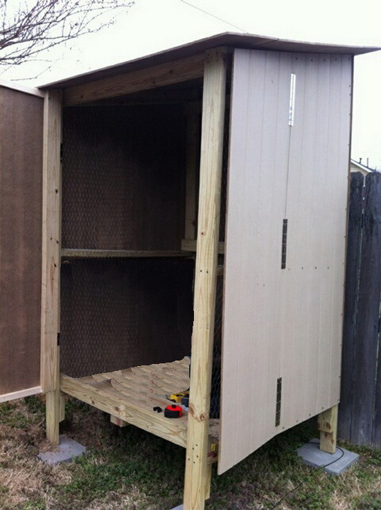 diy backyard chicken coop_06