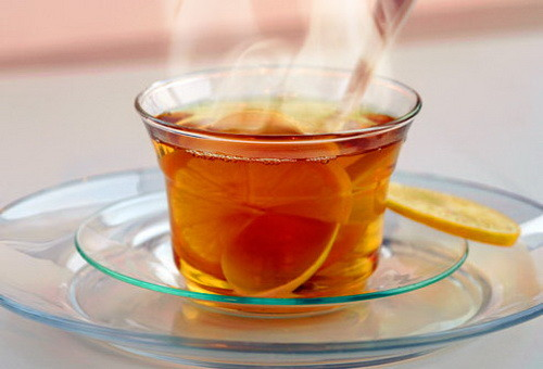 hot steaming tea helps your sore throat