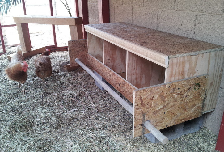diy chicken nesting box_08