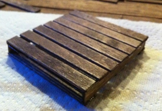 how to make a pallet coaster_04