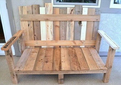 Pallet Furniture Ideas _01. A Simple But Unique Bench Made From ...