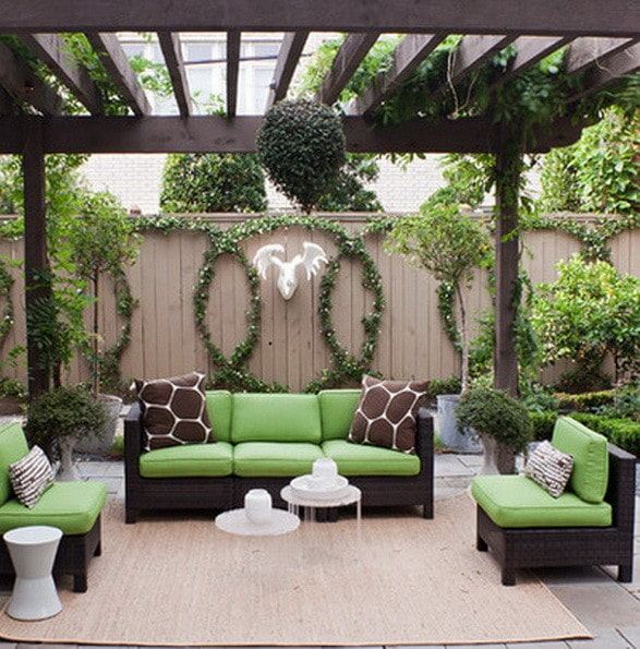 61 backyard patio ideas pictures of patios for Ideas for small patio areas