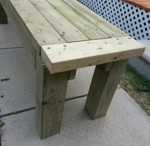 How To Build A Patio Deck Bench_08