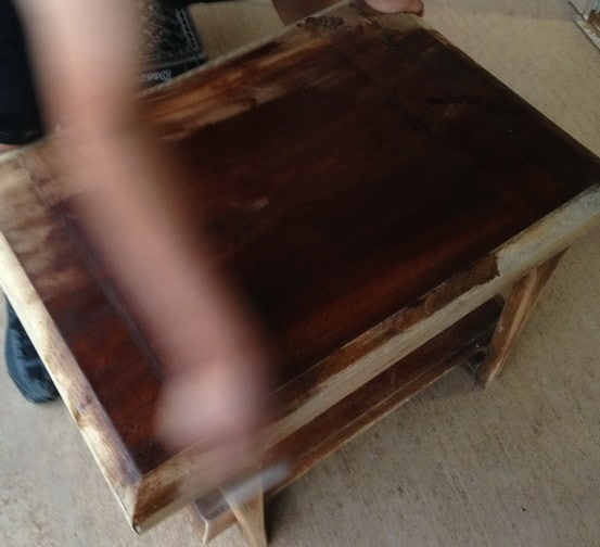 How To Make A Chess Board From An Old Table_01