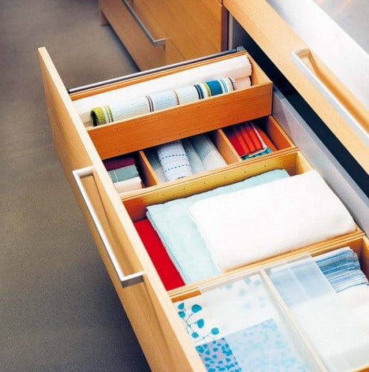 Kitchen Drawer Organization Ideas_23