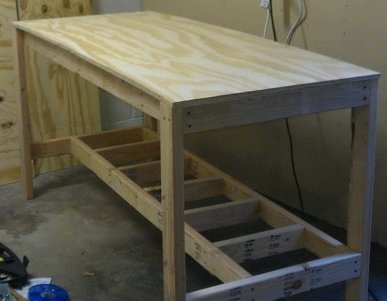 ... foot by 30″ deep top plywood board using the 1 5/8 wood screws