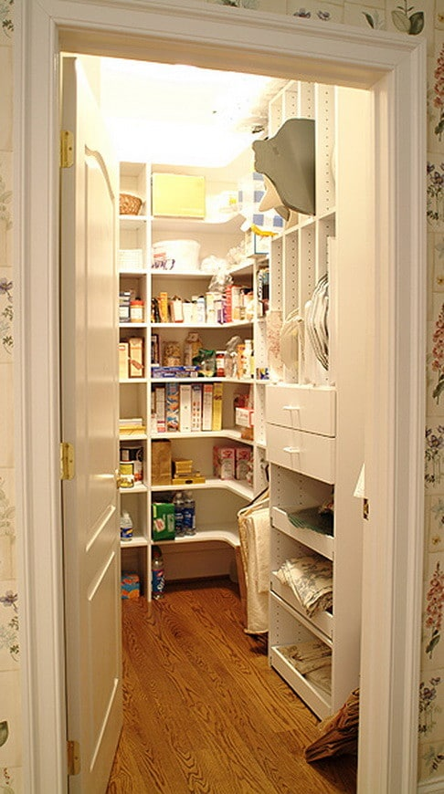 31 kitchen pantry organization ideas storage solutions for Kitchen closet
