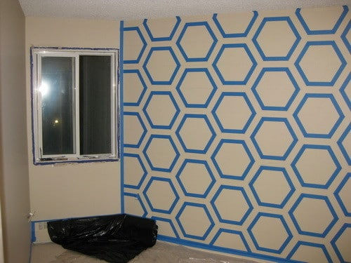 How to make your own diy bedroom wall art using just simple paint and masking tape - Design painting of wall ...