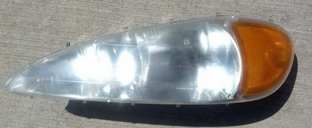 How to Repair Oxidized Cloudy Headlights with a Headlight Cleaner