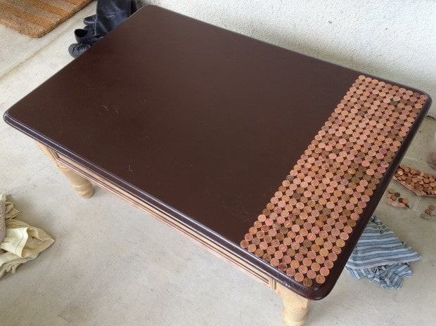 How To Make A Penny Top Coffee Table_07