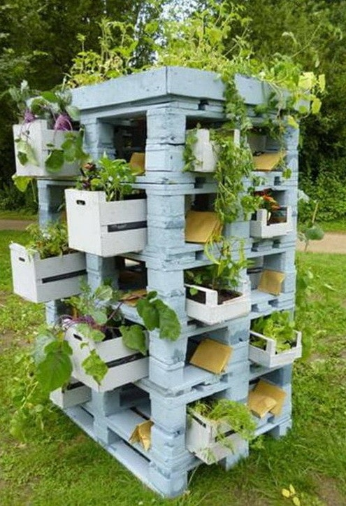 46 Genius Pallet Building Ideas_14