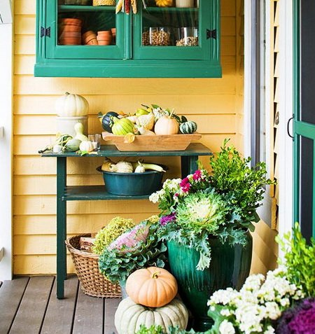 Front Porch Decorating Ideas For Fall_03