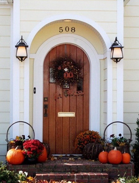 33 Front Porch Decorating Ideas For Fall