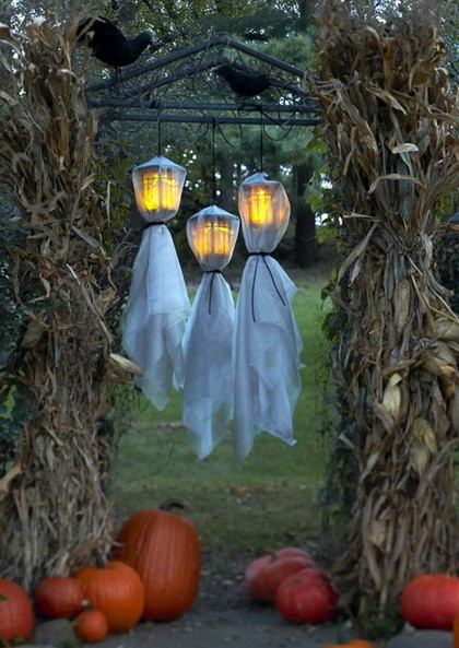 Fun Halloween & Fall Decorating Ideas_18