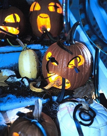 Fun Halloween & Fall Decorating Ideas_22