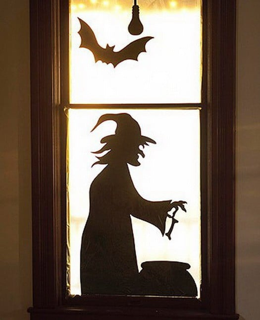 Scary Outdoor Halloween Decorations And Silhouettes_32