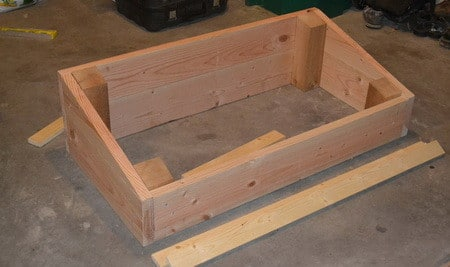 How to build a diy cold frame greenhouse garden box for How to build a box beam