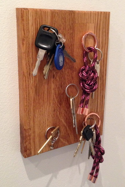 Magnetic Wall Mounted Key Holder_2