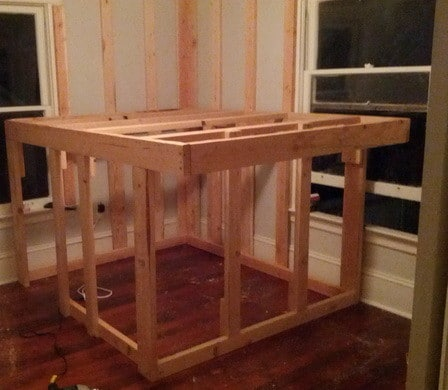 diy elevated bed frame with storage underneath_05