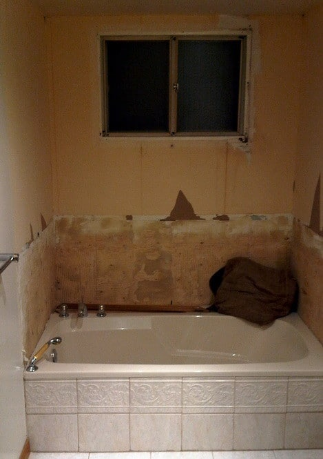 How To Convert A Bathtub Into A Luxury Walk In Shower ...