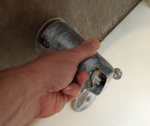 remove replace bathtub shower fixtures_3