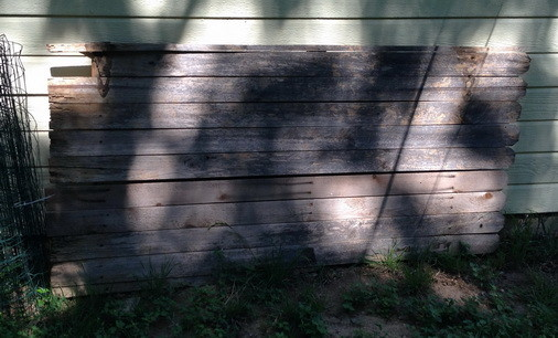 How To Make A Headboard From Recycled Wood_2