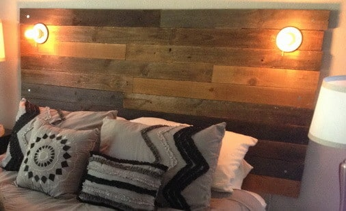 How To Make A Headboard From Recycled Wood_7