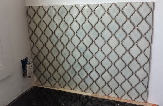 DIY Kitchen Backsplash Install_5