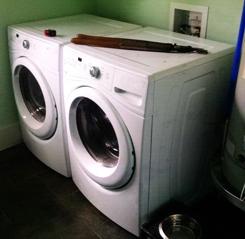 Diy Laundry Room Countertop Over Washer Dryer
