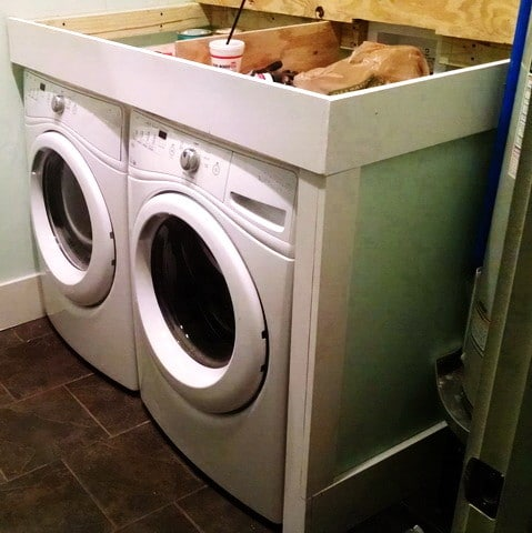DIY Laundry Room Countertop_4