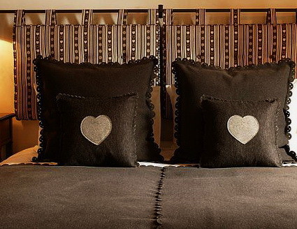 50 DIY Creative Headboard Ideas_16