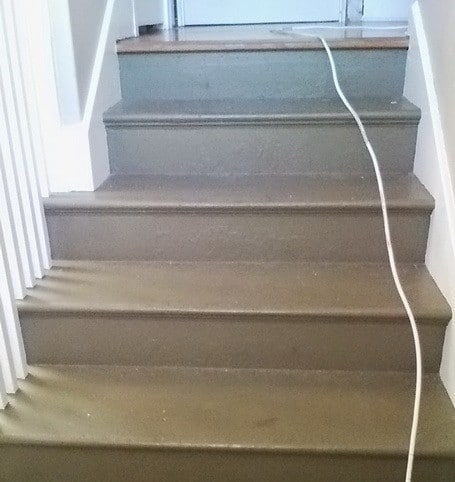 How To Refinish Stairs_01