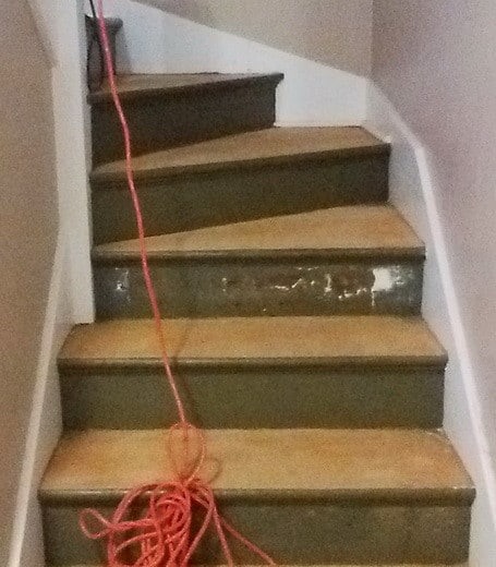 How To Refinish Stairs_05