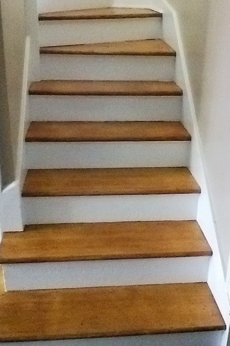 How To Refinish Stairs_08