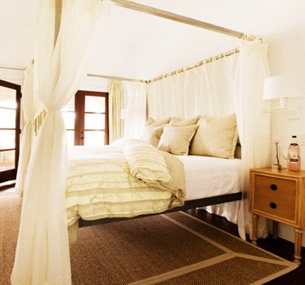 Canopy Bed Ideas_12