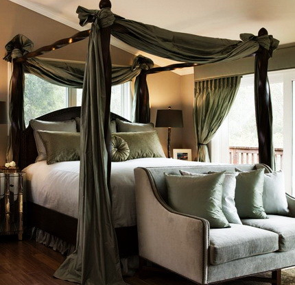 23 awesome canopy bed ideas on a budget and diy - Diy romantic bedroom ideas ...