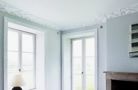 Ceiling Molding Design Ideas adding a coat of paint can bring any bare wall to life however installing trimwork specifically crown molding moulding adds a touch of elegance to Crown Molding Ideas_30