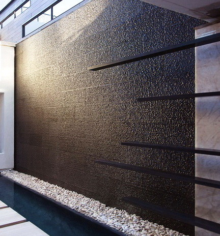 30 Creative Outdoor Backyard Water Walls_09