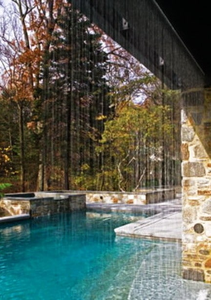 30 Creative Outdoor Backyard Water Walls_12