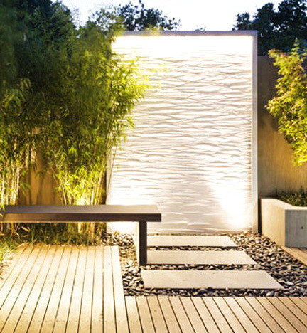 30 Creative Outdoor Backyard Water Walls_13