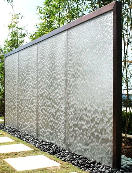 30 Creative Outdoor Backyard Water Walls_18