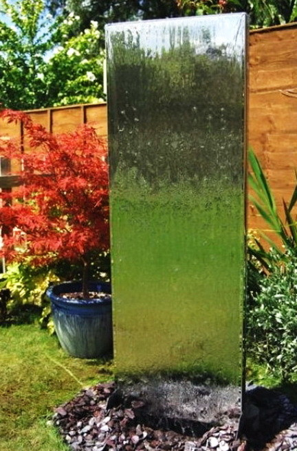 30 Creative Outdoor Backyard Water Walls_20