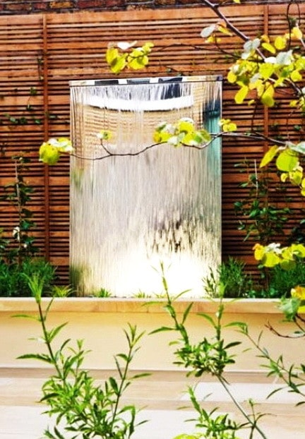 30 Creative Outdoor Backyard Water Walls_21