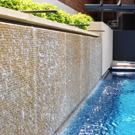 30 Creative Outdoor Backyard Water Walls_22