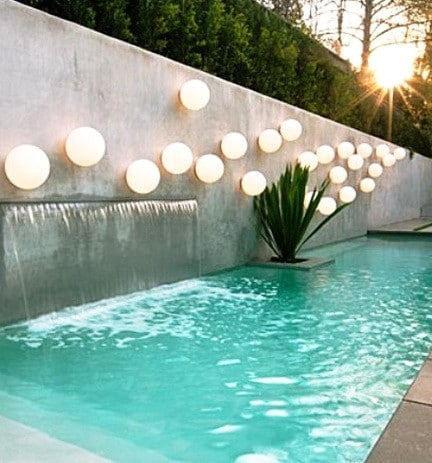 30 Creative Outdoor Backyard Water Walls_25