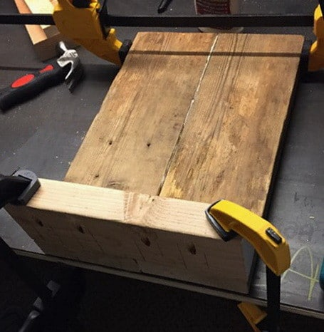 DIY $20 Wood Bench Project_09
