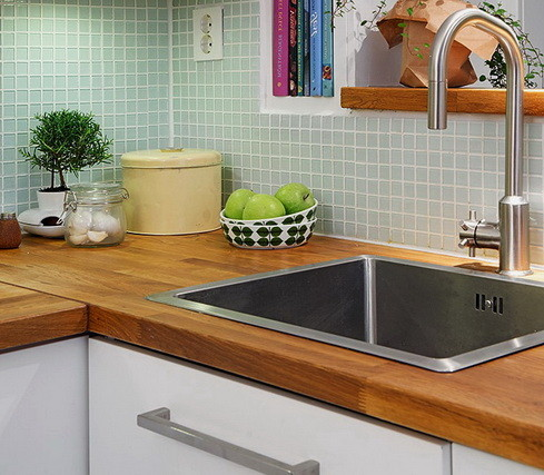 Kitchen Countertops Made of Wood_24